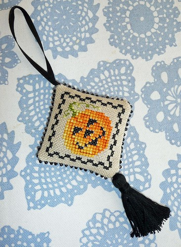 Pumpkin scissor fob