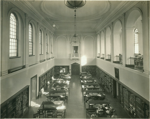 blackandwhite students interior library readingroom 30s sweetbriarcollege library1935acopy