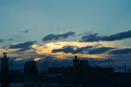 roof sky canada clouds sunrise 50mm pentax quebec montreal roofs k5 pentaxk5 k5ii