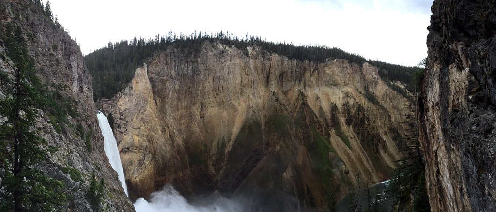 Panorama from Uncle Tom's Trail