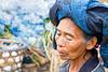Woman flower  Femme hortensias -Ubud market  Bali     2015