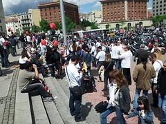 #autoexplotacion a les escales de fira de barcelona a BCN treballadors #CGT Metall d´empreses #salonauto denunciant precarietat, acomiadaments i dobles escales salarials