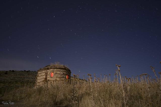 Noches de estrellas y luces rojas.