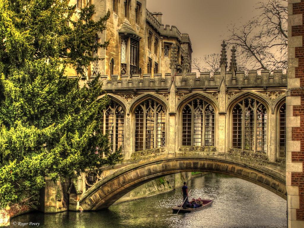 Cambridge - Bridge of Sighs