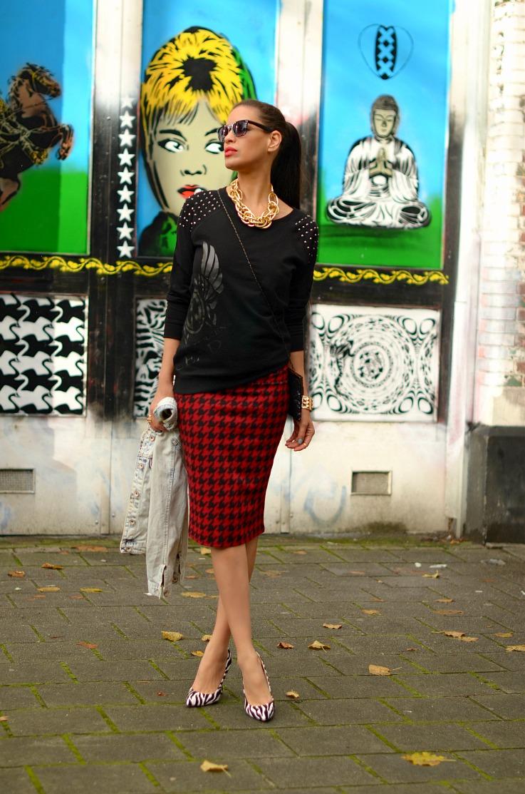 DSC_8314 Houndstooth skirt resize