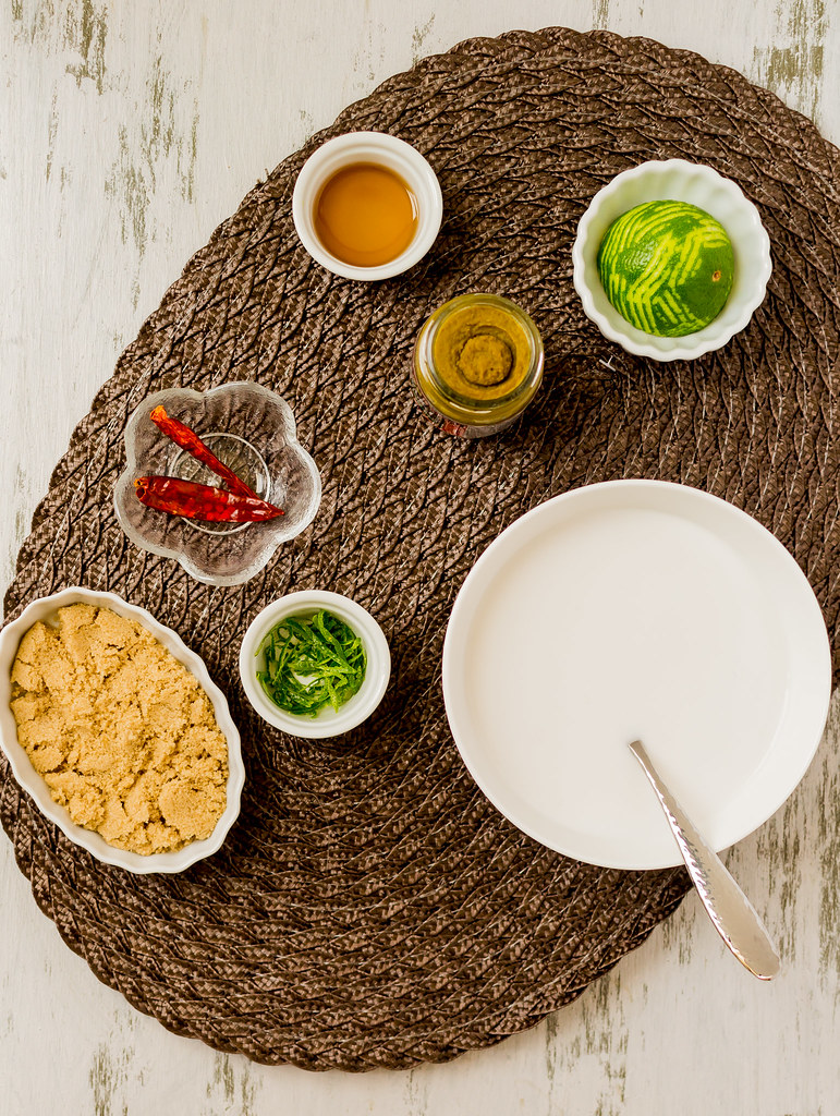 Thai Green Coconut Curry (Pei Wei Inspired) Sauces Spread 2