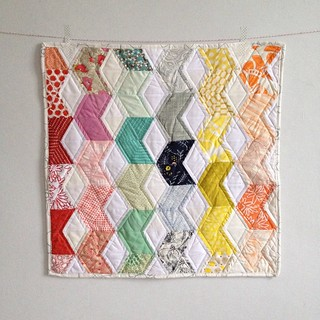 tumbling tinsel mini quilt