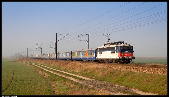 SNCF 17073 @ Petit-Villers