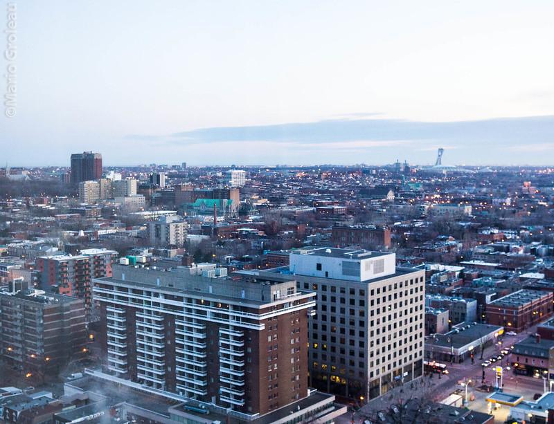 Montréal vers l'est de jour