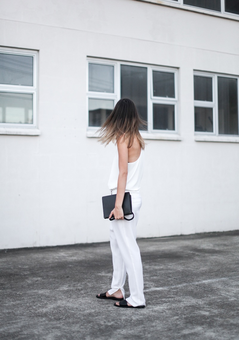 modern legacy blog Camilla Marc Zoya Cami all white Nicholas foldover ankle zip pants slide sandals pool Alexander Wang Prisma Envelope crossbody bag outfit street style blogger Australia (2 of 9)
