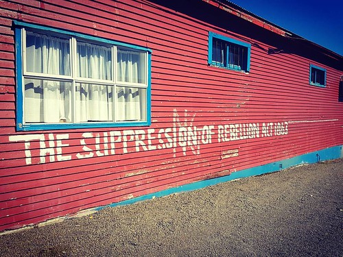 #taneatua #wallart #streetart #message #tuhoe #bayofplenty #taneatuaphotos #nz #nzimagery #newzealandimages #newzealandguide #newzealandphotography #newzealand #art #reminder #brianscantleburyphotos #samsungs7