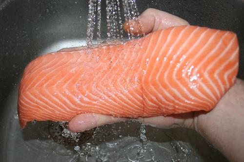 22 - Lachs waschen