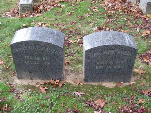 Melville Family Gravesite-011