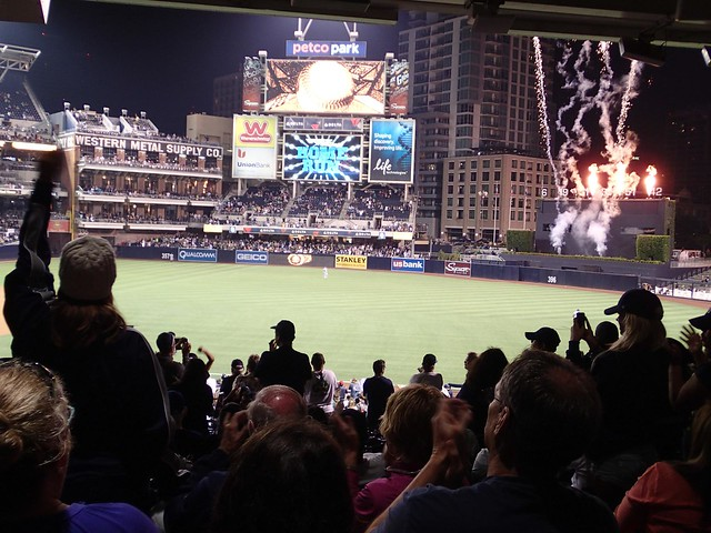 Home Run - San Diego Padres vs New York Mets baseball match