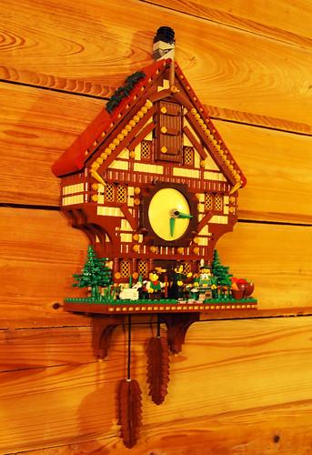 Cabin Cuckoo Clock
