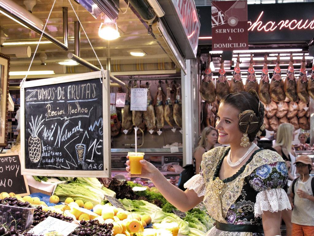 3. patrimoni valencia_mercado central_fallera