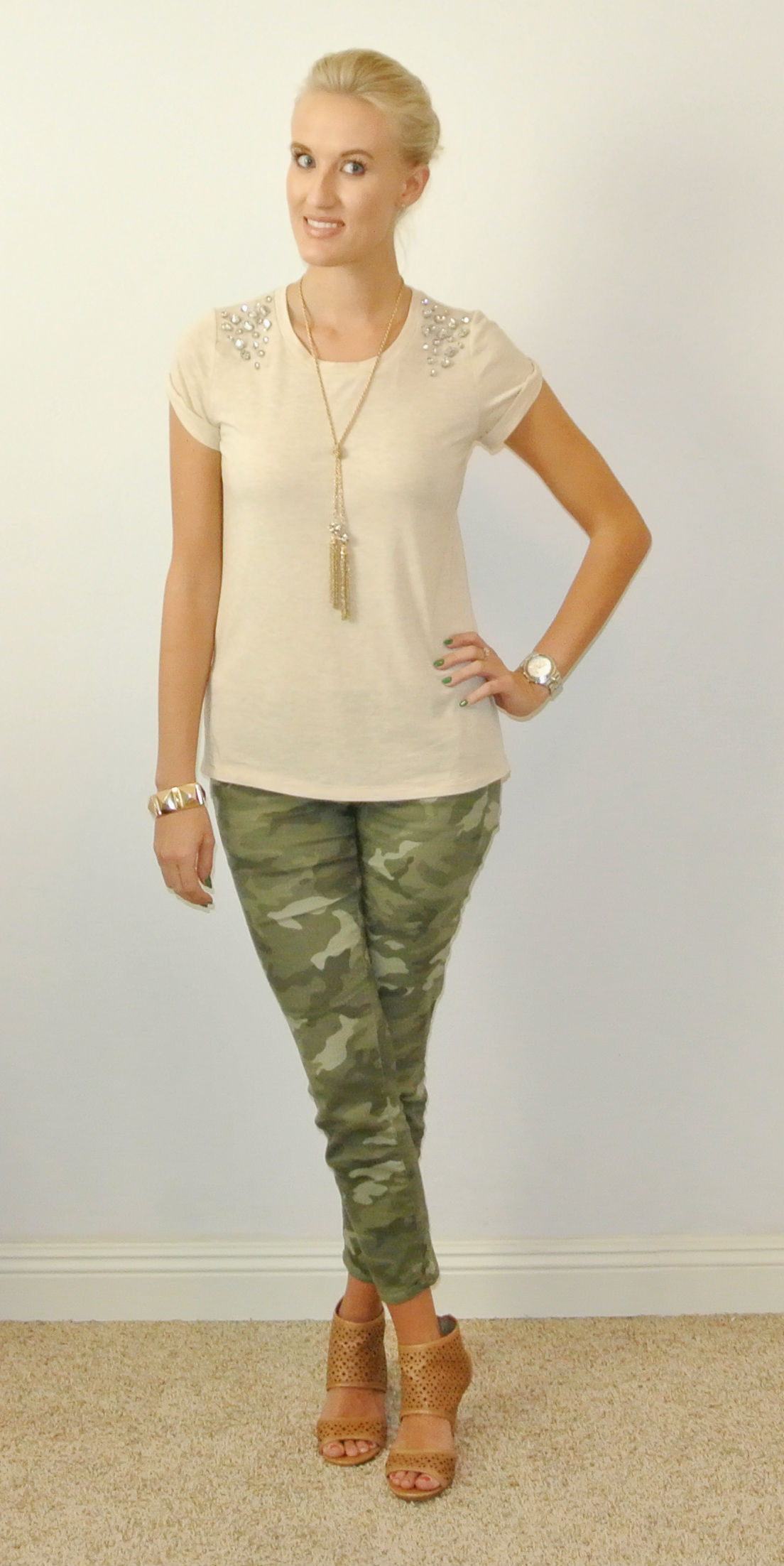 Outfit: camo chic