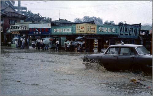 Seoul 1968-07-20 서울 N°68D07-0218