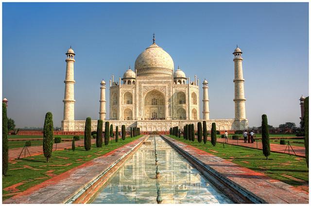 Agra IND - Taj Mahal 01