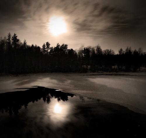 snow ice water sweden full nightphoto dalarna monn enviken valbyån