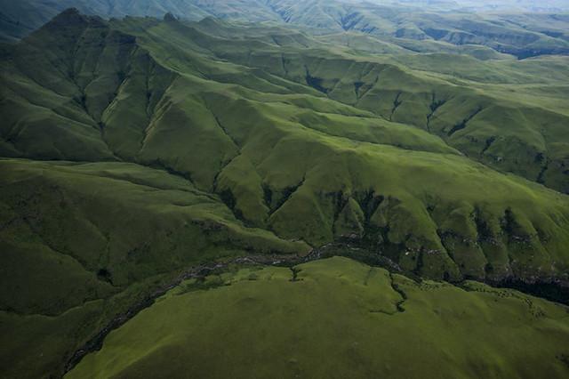 Drakensberg Grand Traverse από ψηλά © Kelvin Trautman