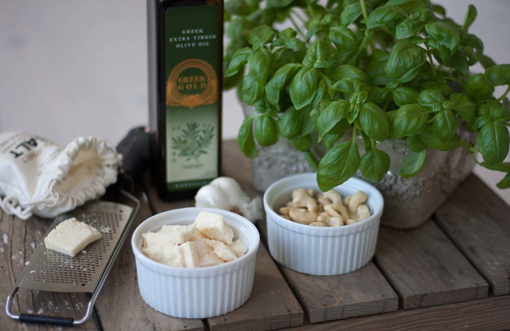 Basilikumpesto med cashewnødder
