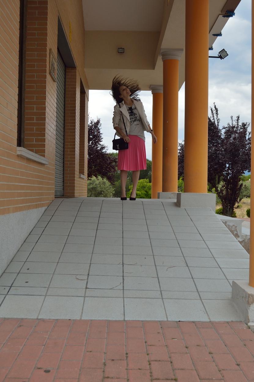 lara-vazquez-madlula-blog-crazy-pink-midi-skirt