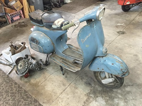 1964 Vespa VBB Barn Find
