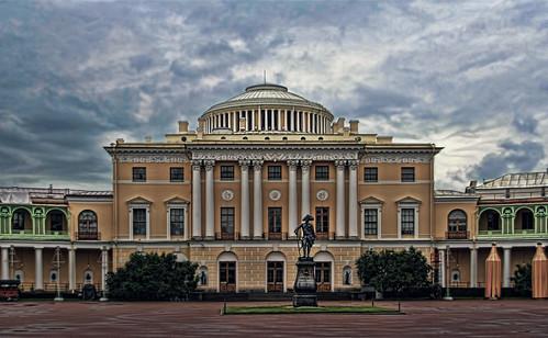 cloud statue architecture landscape zar view russia royal palace rainy empire saintpetersburg edition emperor pushkin tzar pavlosk