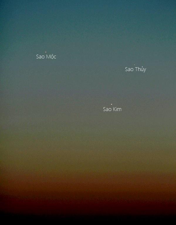 Sao Kim, Sao Mộc và Sao Thủy giao hội gần trên bầu trời Oklahoma, nước Mỹ chiều hôm qua, 25/5. Tác giả : Mike O'Neal.