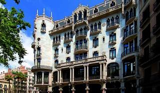 Fue proyectado en 1908 por el genial arquitecto Lluís Domènech i Montaner.
