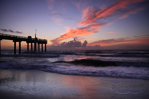 ocean beach silhouette clouds sunrise pier sand surf day waves florida cloudy atlanticocean staugustine stjohnspier