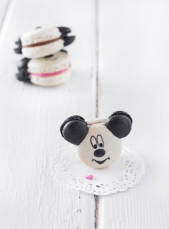 Mickey & Minnie Mouse Macarons