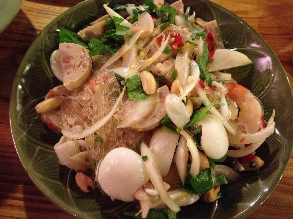 tuktuk noodle thai