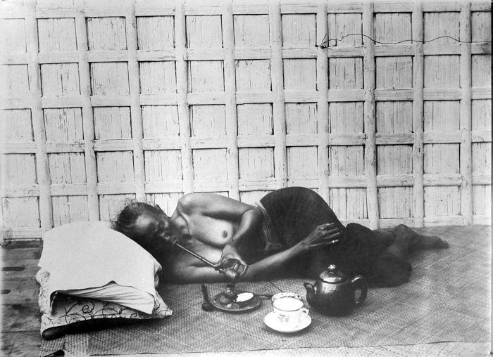 opium smoker