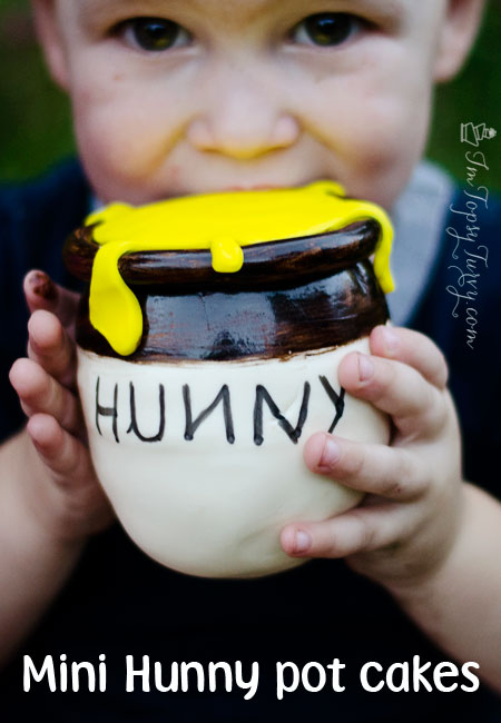 mini-hunny-honey-pot-cakes