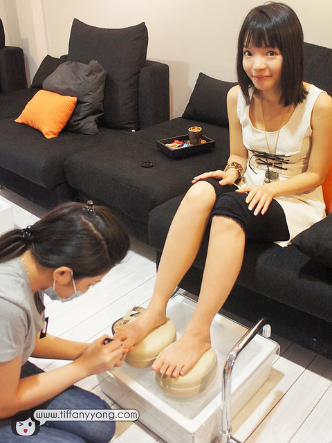 Tiffany yong pedicure