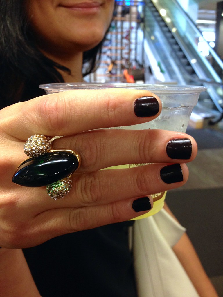 Mani Hunting at DSW San Francisco