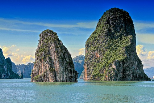 sea rock canon eos bay meer system vietnam halong felsen halongbucht canoneos500d