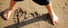 floor(0.0), hand(0.0), flooring(0.0), soil(1.0), sand(1.0), barefoot(1.0), limb(1.0), leg(1.0),
