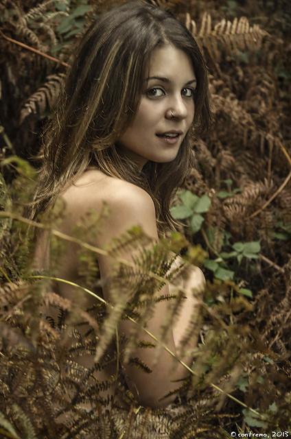 Eva y los helechos
