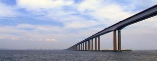 Ponte Rio-Niterói - próximo do vão cetral / Rio-Niterói Bridge - near the center span