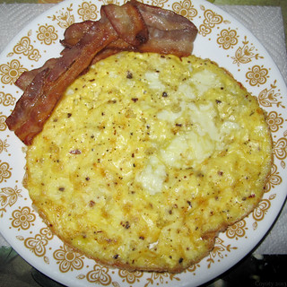Pan-baked omelet with bacon