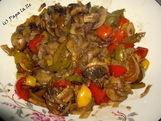 Salata cu ciuperci si ardei (8)