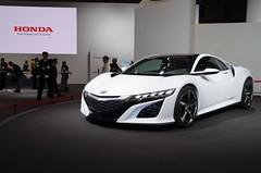 automobile(1.0), automotive exterior(1.0), wheel(1.0), vehicle(1.0), performance car(1.0), automotive design(1.0), auto show(1.0), honda(1.0), honda nsx(1.0), concept car(1.0), land vehicle(1.0), luxury vehicle(1.0), coupã©(1.0), supercar(1.0), sports car(1.0),