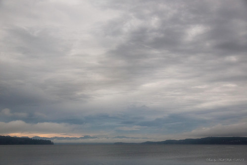 Puget Sound by andiwolfe