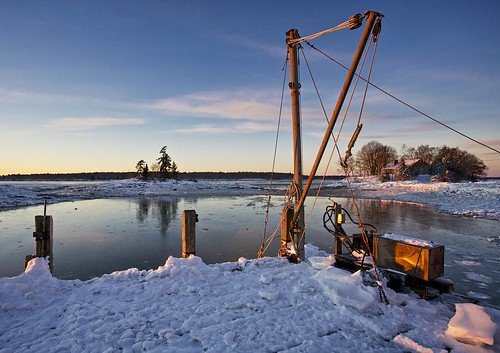 ocean winter light sunset snow island dock day maine hoist pwwinter