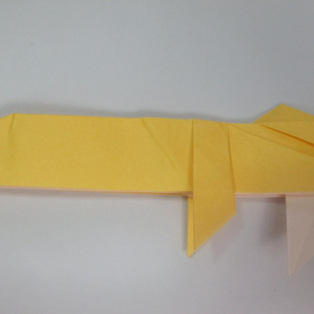 สอนวิธีพับกระดาษเป็นรูปลูกสุนัขยืนสองขา แบบของพอล ฟราสโก้ (Down Boy Dog Origami) 075