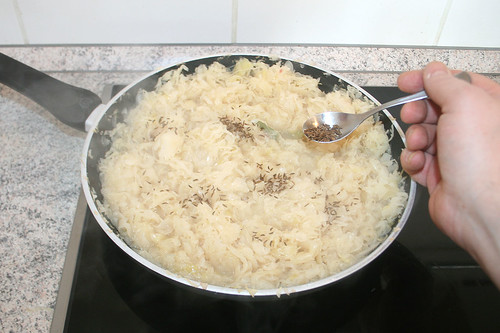 19 - Mit Kümmel würzen / Season with caraway seeds