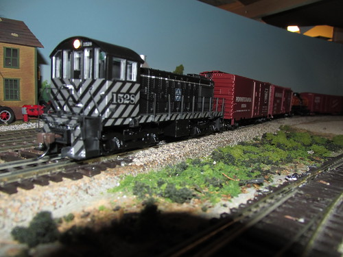 A 1950's and 60's era Santa Fe local freight train in H.O Scale. by Eddie from Chicago